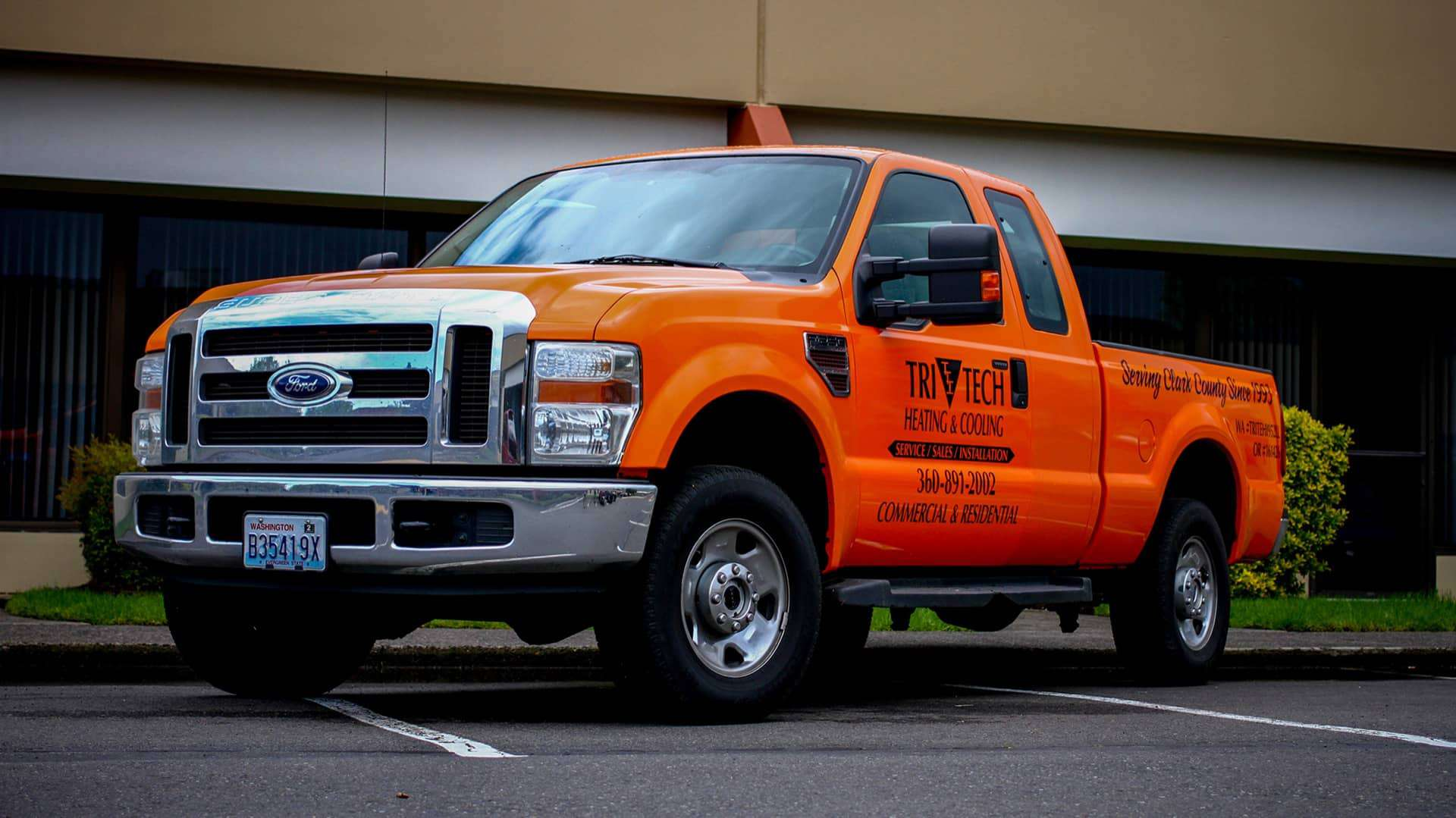 Fleet Graphics Lettering for Tri-Tech Heating and Cooling on their Ford F250