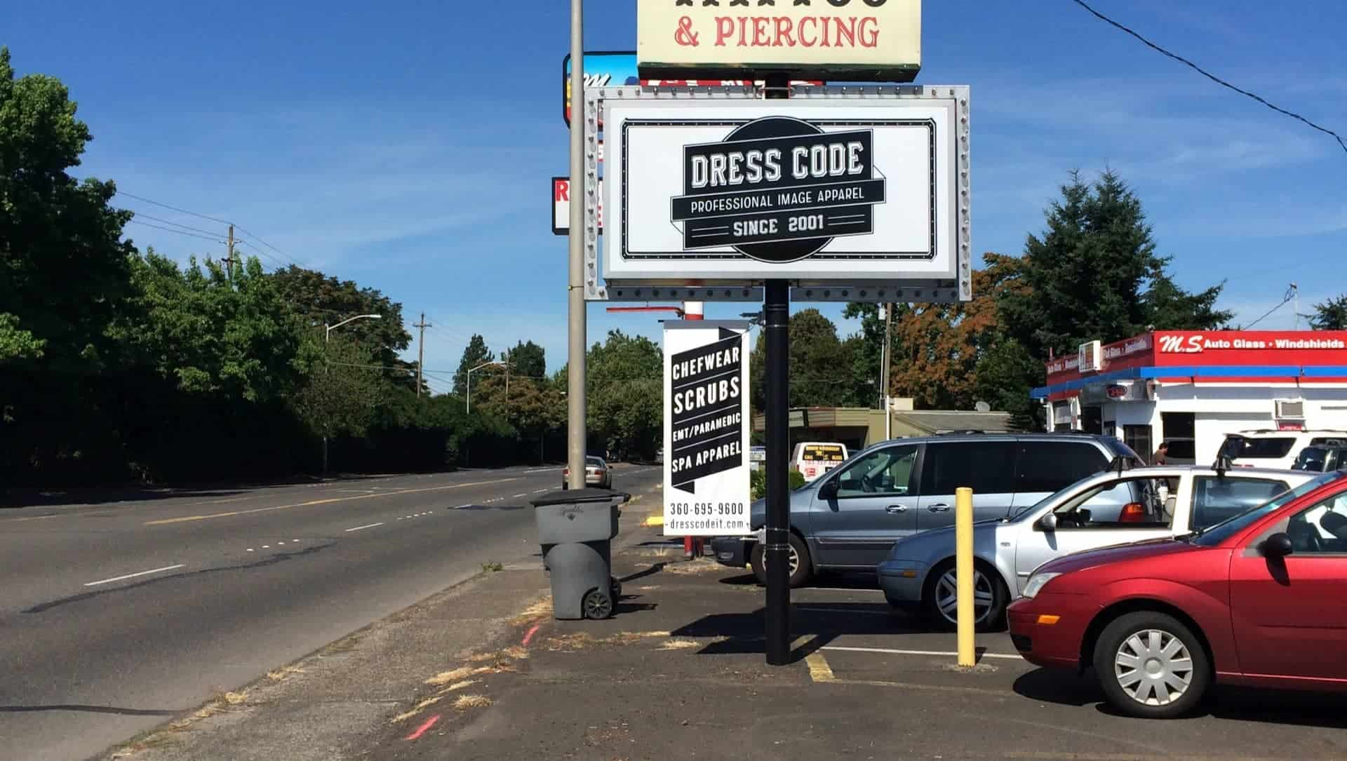 dress_code_electrical-sign