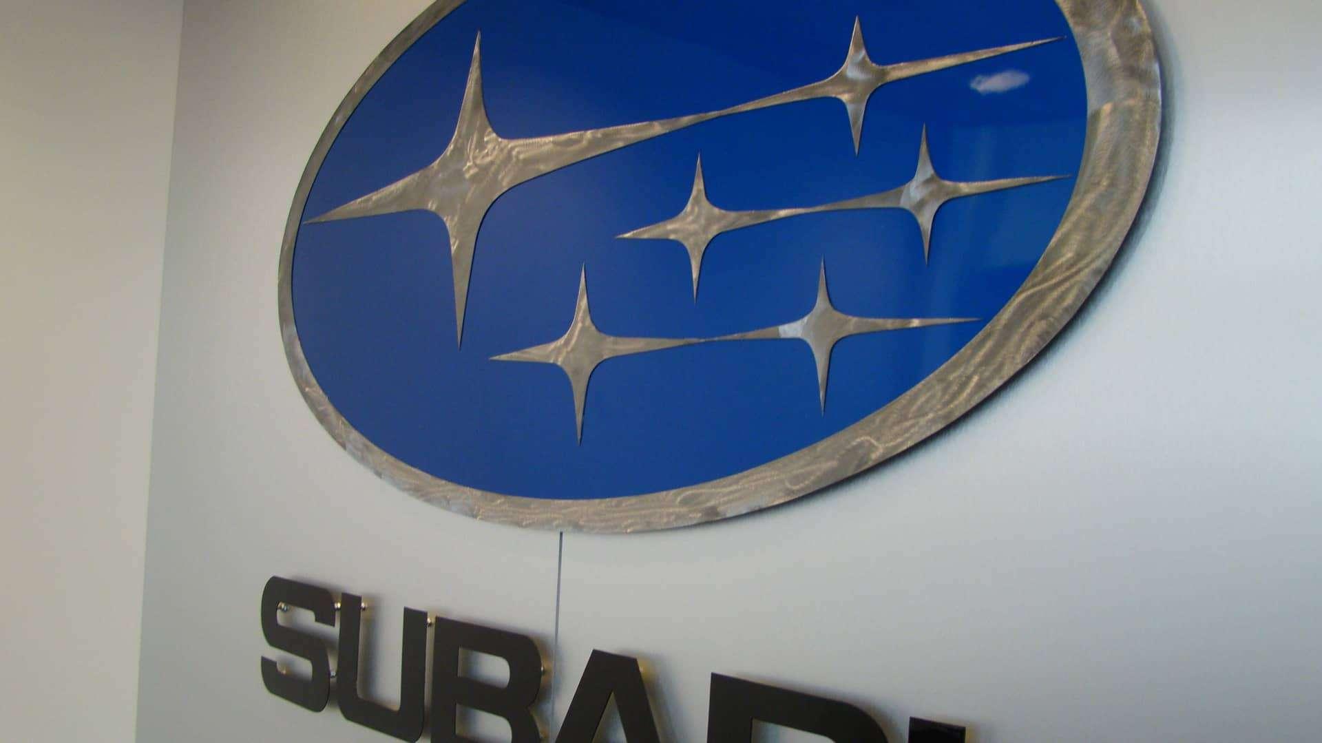 subaru-logo-closeup