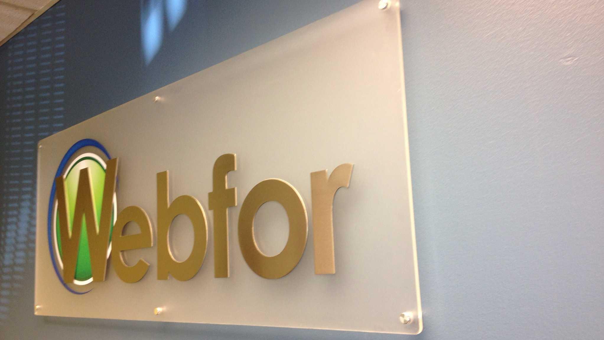 webfor-acrylic-lobby